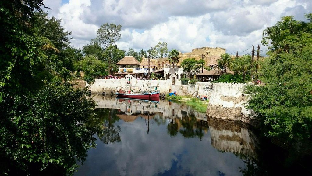 Africa and Harambe Theater - Wordless Wednesday