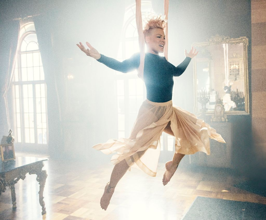 Just Like Fire - alice through the looking glass p!nk