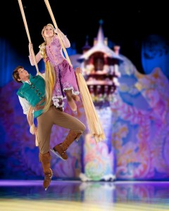 Rapunzel and Flynn - Disney on Ice