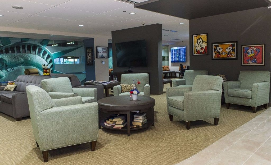 uso-welcome-center_family-room