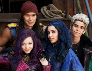 "Stars of ""Descendants 2"" to Host and Perform on Disney Channel Holiday Special"