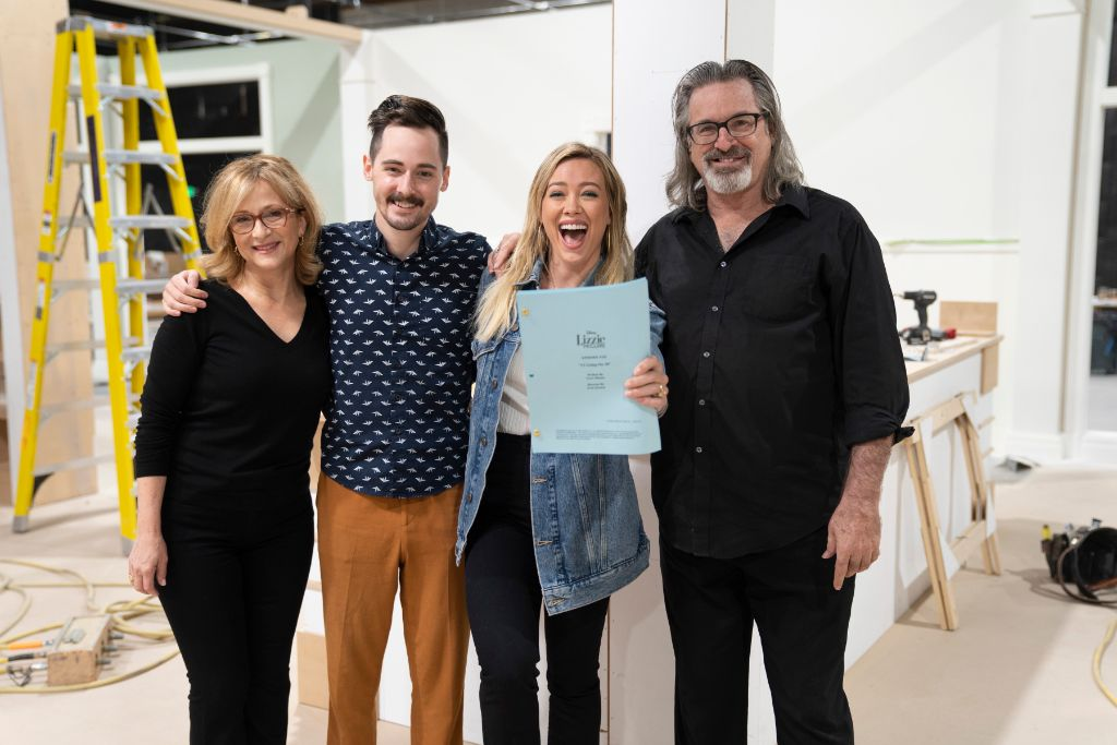 Hallie Todd, Robert Carradine and Jake Thomas are set to reprise their roles as Jo, Sam, and Matt McGuire, joining Hilary Duff as Lizzie, in the Disney+ series Lizzie McGuire.