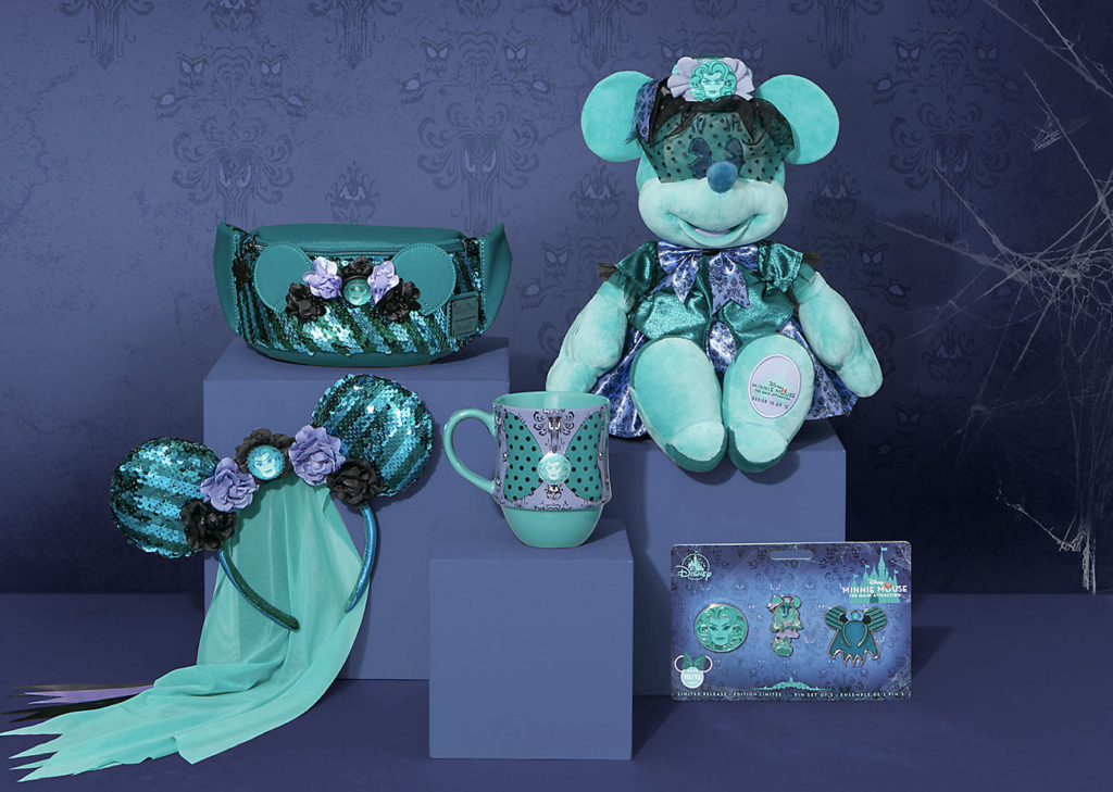 Minnie Mouse The Main Attraction The Haunted Mansion Collection