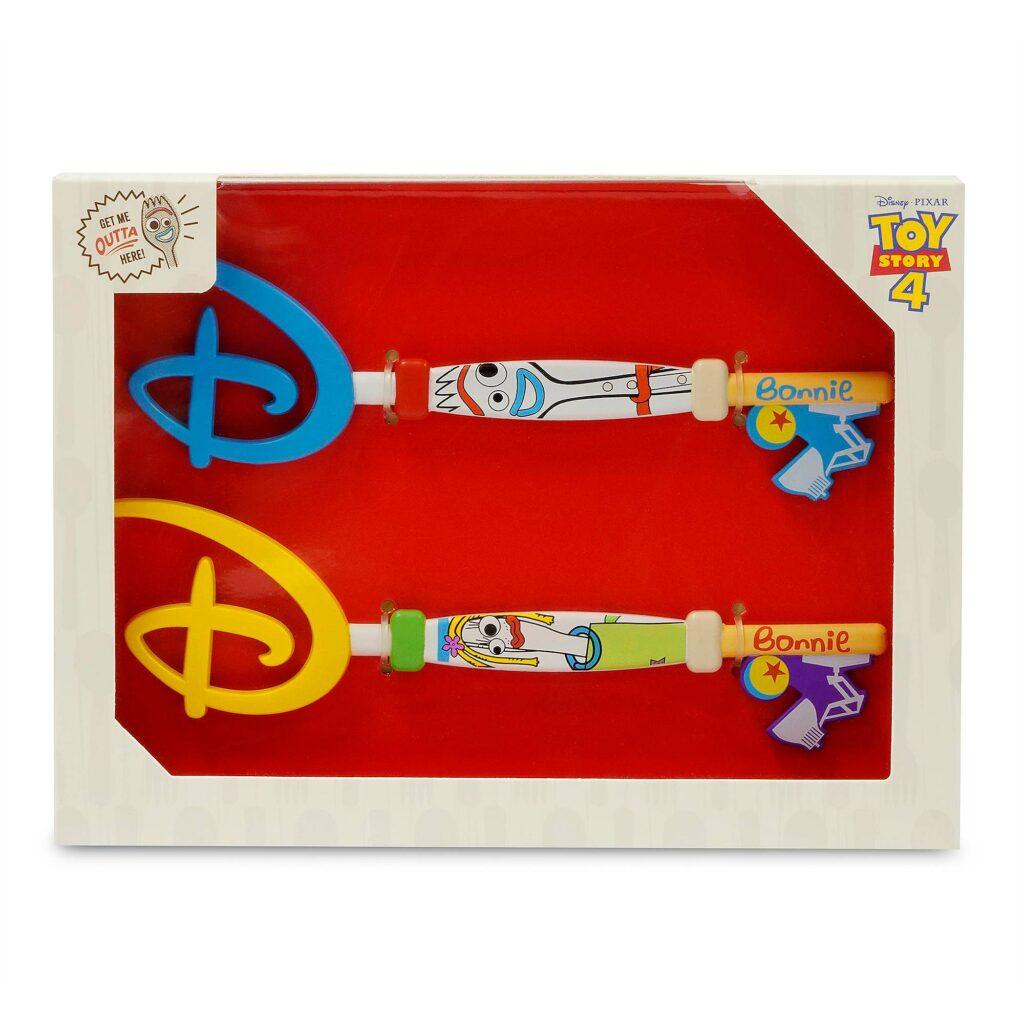 forky and karen beverly shopdisney key set